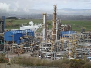 petrochemical-plant-960296_1920